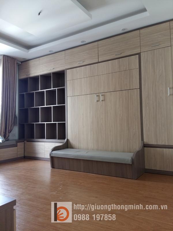 Với công trình trên tạo ra một không gian đa chức năng sử dụng cho gia đình , sử dụng chất liệu gỗ công nghiệp cao cấp chống trầy xước với mầu sắc tinh tế mang tới cái nhìn hiện đại và sang trọng cho không gian.